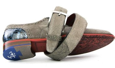 Trouwseizoen - Schoenen Voor De Bruidegom