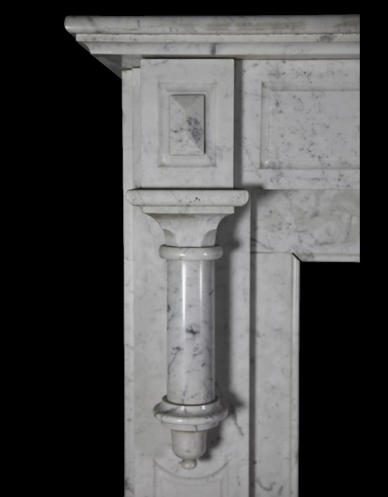 The Antique Fireplace Bank Typischer Belgischer Einfacher Kaminmaske