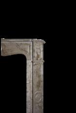 Kleines Vintage-Französisch Pompadour Kamin Verkleidung