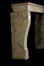 Kleine Europäischer Kaminmaske In Stein