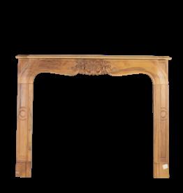 Elegante Holz Kamin