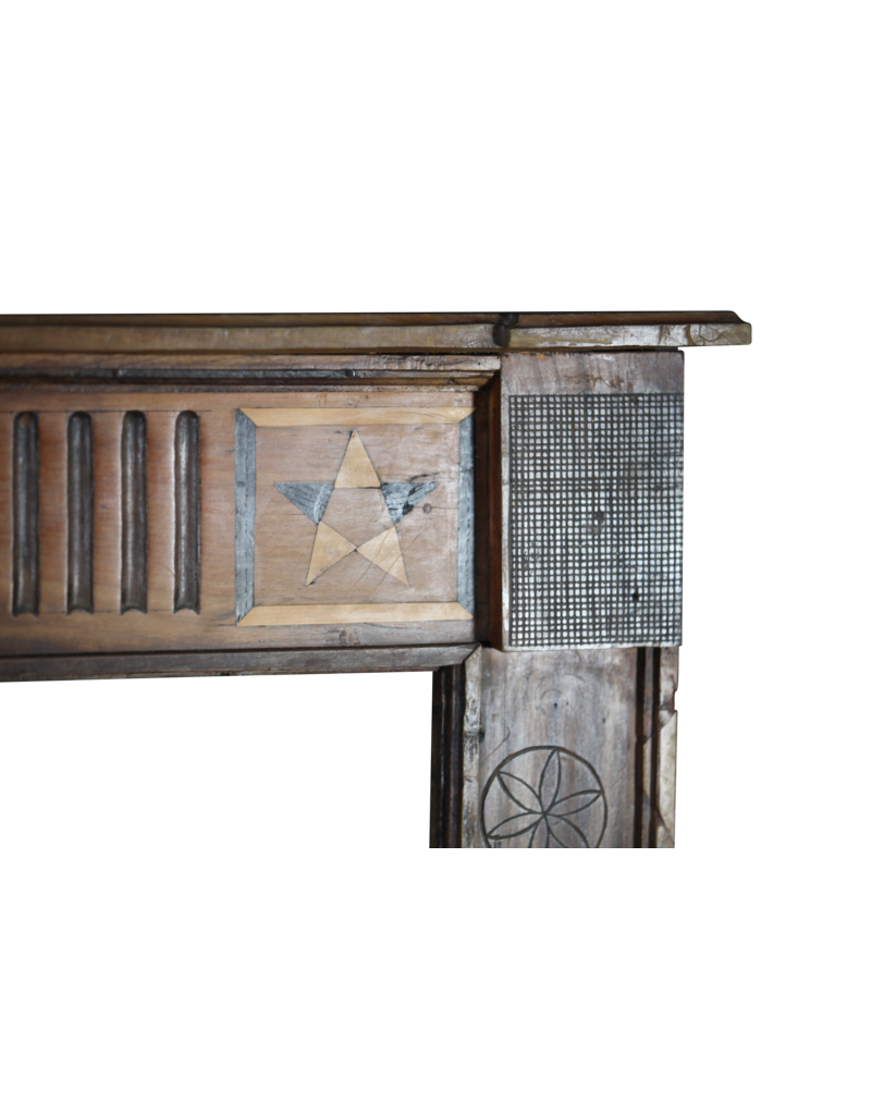 Antike Holz Kamin Verkleidung im Französische Landstil