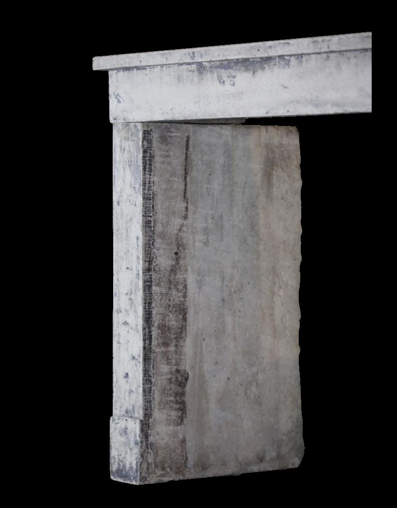 Rustic Französisch Kalkstein Kamin-Mantel