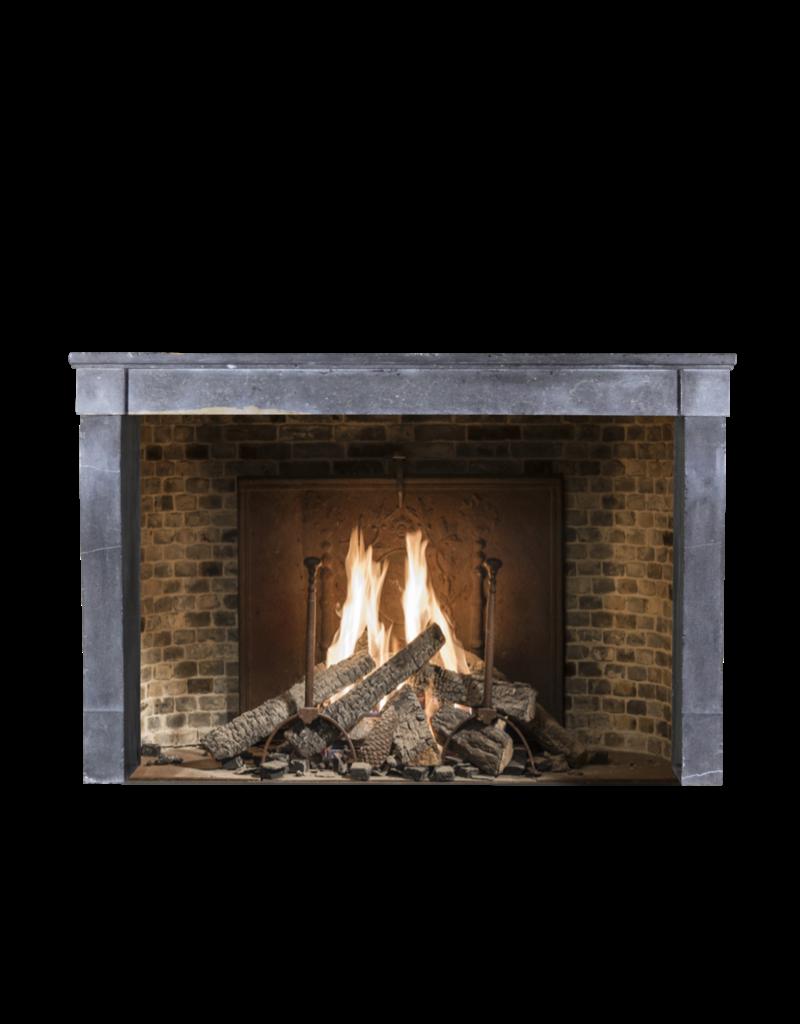 The Antique Fireplace Bank Zeitlos Elegantes Französisch Vintage-Surround
