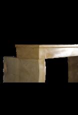 19. Jahrhundert Französisch Kalkstein Kaminmaske
