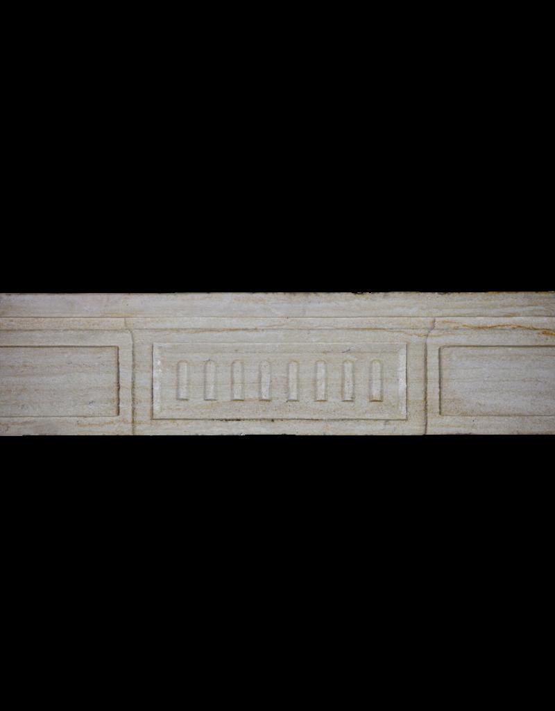 18. Jahrhundert Feine Französisch Kamin Im Kalkstein