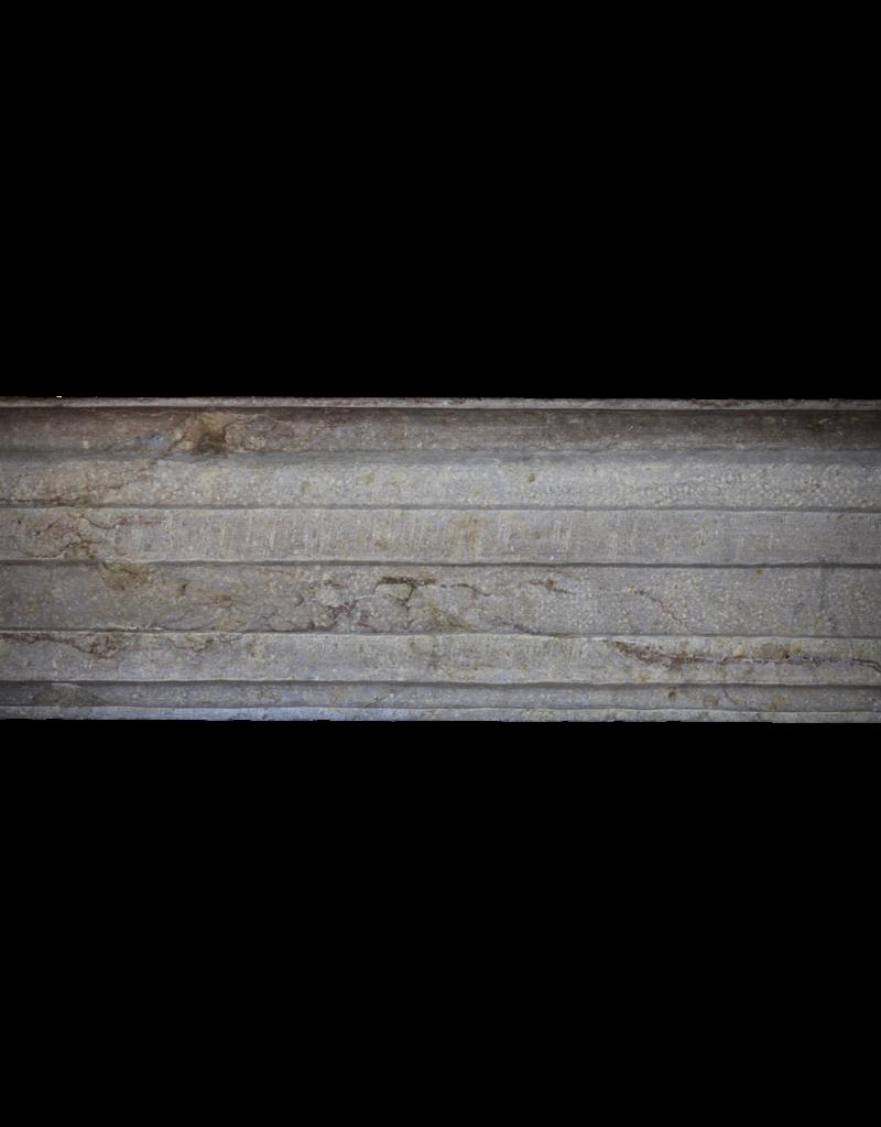 LXIV Período Bicolor Antiguo Francés Surround Piedra