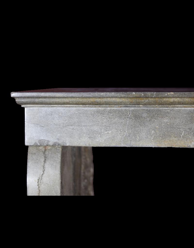 Kleines Zweifarbig Französisch zeitloses Kamin Verkleidung