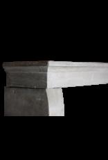 Pequeño Francesa Chimenea De Piedra Surround