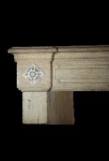 Klassisches Französisch Kalkstein Kaminmaske