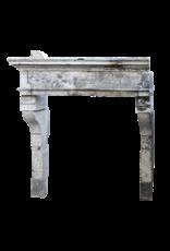 Maison Leon Van den Bogaert Antique Fireplaces & Vintage Architectural Elements Francés Louis Xiii Período Rústica De Piedra Caliza Chimenea Surround