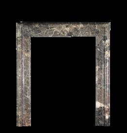 Maison Leon Van den Bogaert Antique Fireplaces & Vintage Architectural Elements Bolection Marmor Kaminverkleidung