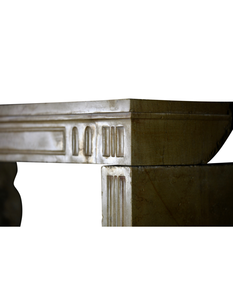 Klassisches Französisch Harte Kalkstein Kaminmaske Für Gemütliche zeitloses Innenraum-Styling