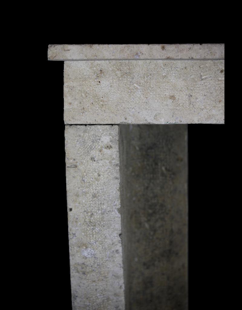 Pequeño País Francesa Piedra Caliza Chimenea