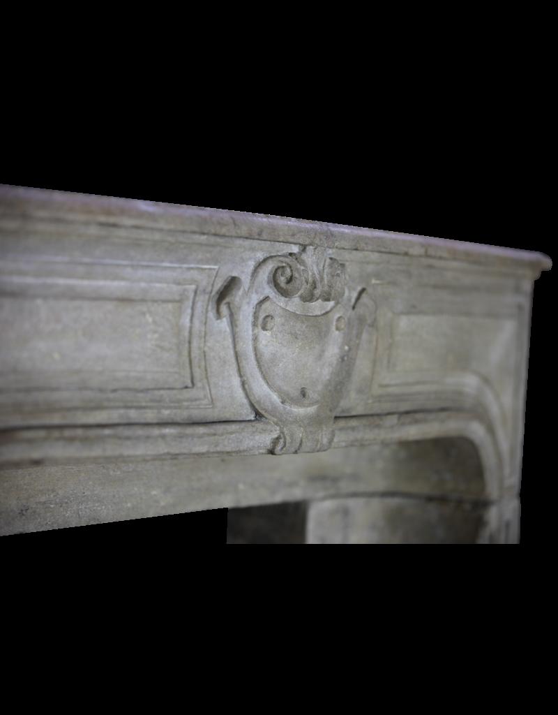 The Antique Fireplace Bank Kleines Französisch Kalkstein Kaminmaske