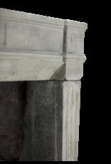 Maison Leon Van den Bogaert Antique Fireplaces & Vintage Architectural Elements Französisch Rustic Kalkstein Kaminmaske