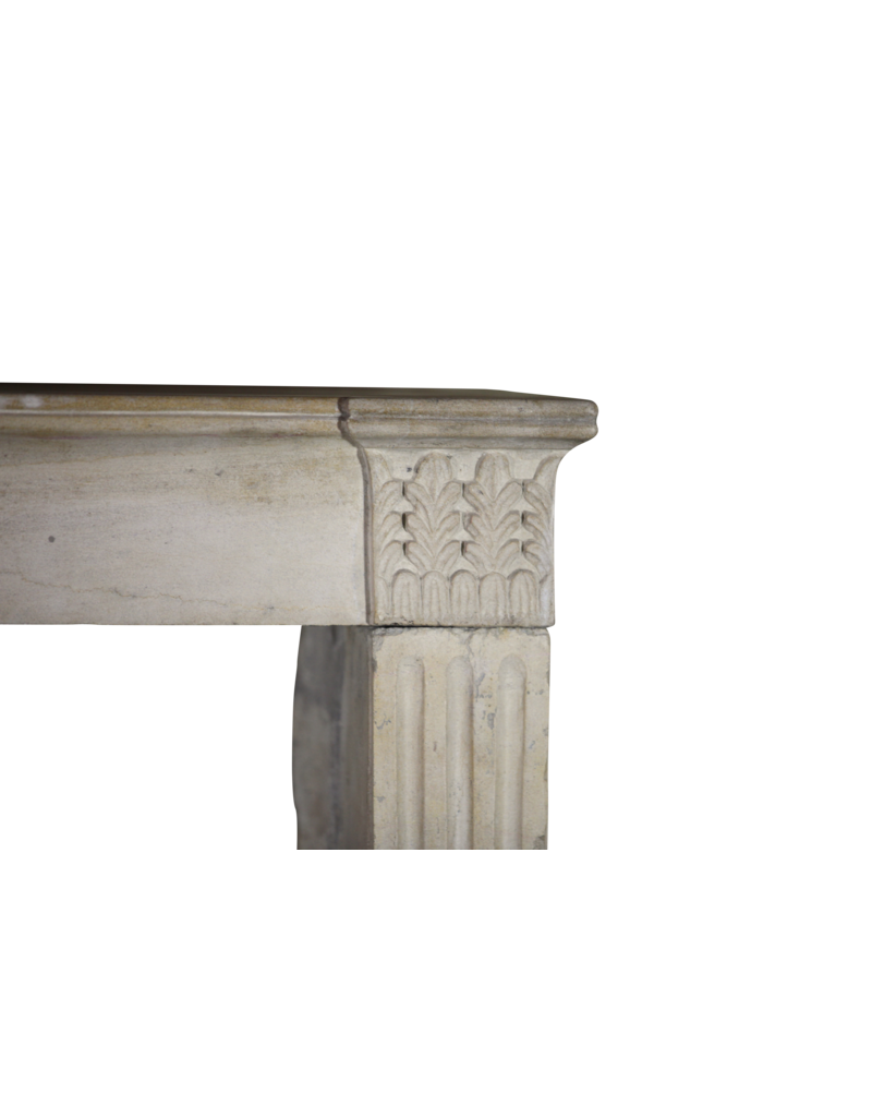 The Antique Fireplace Bank Französisch Jahrgang Kaminmaske Für zeitloses Innenraum-Styling