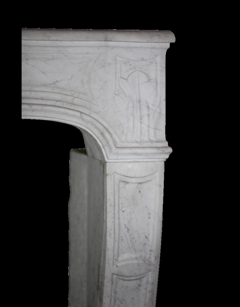 The Antique Fireplace Bank Französisch Weißer Carrara-Marmor Kaminmaske