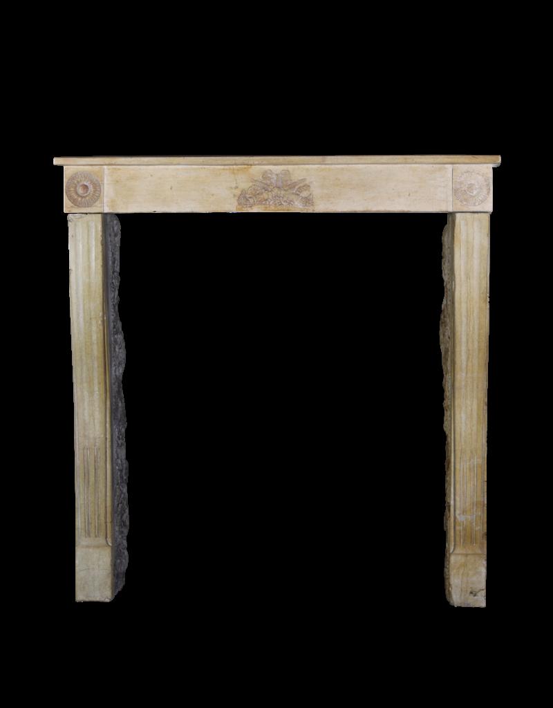 Maison Leon Van den Bogaert Antique Fireplaces & Vintage Architectural Elements Empfindliche Französisch Antik Kaminmaske