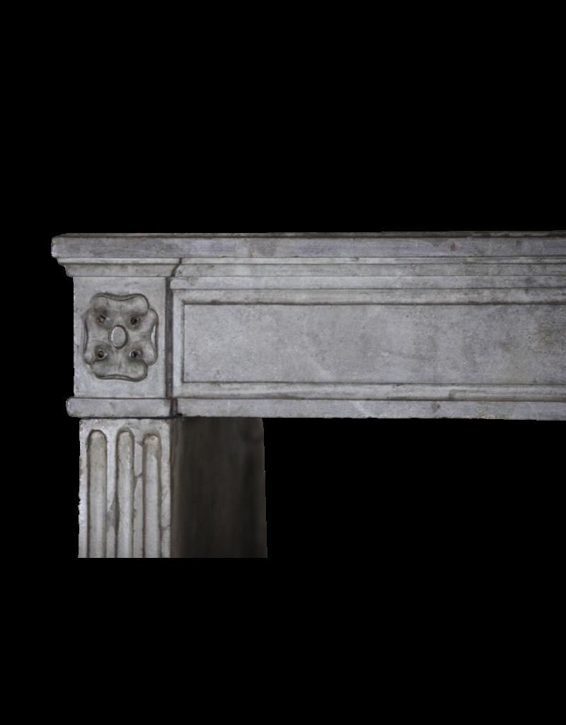 The Antique Fireplace Bank Groß Französisch Vintage-Stein Kamin Verkleidung