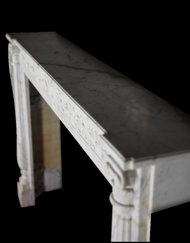 Fine Classic Francés Mármol De Carrara Chimenea