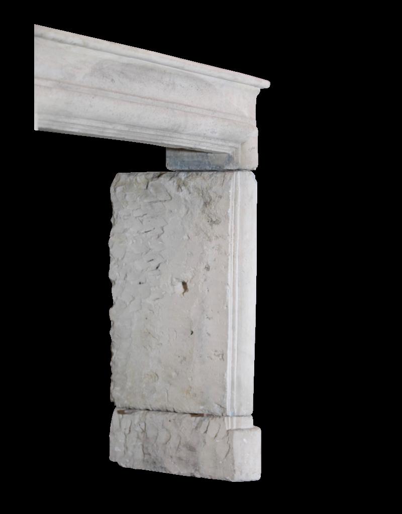 The Antique Fireplace Bank Französisch Landstil-Art Kalkstein Jahrgang Kaminverkleidung