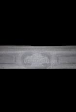 19. Jahrhundert Bleu-Graue Farbe Harter Kalkstein Kaminmaske