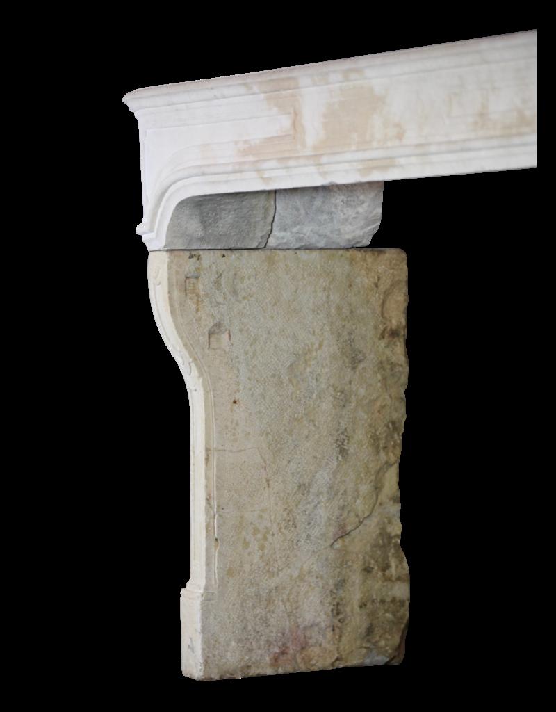 Francés País De La Piedra Caliza Antigua Chimenea