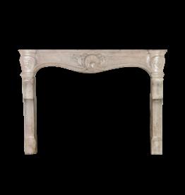 Maison Leon Van den Bogaert Antique Fireplaces & Vintage Architectural Elements Fine Siglo 18 Francés Chimenea En Piedra Caliza