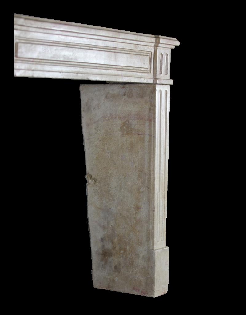 The Antique Fireplace Bank Kleines Französisch Kamin Verkleidung In Zweifarbig Hartstein