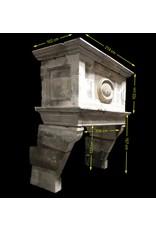 Maison Leon Van den Bogaert Antique Fireplaces & Vintage Architectural Elements Fuerte Del Siglo 17 Francés Antiguo Revestimiento En Piedra Caliza