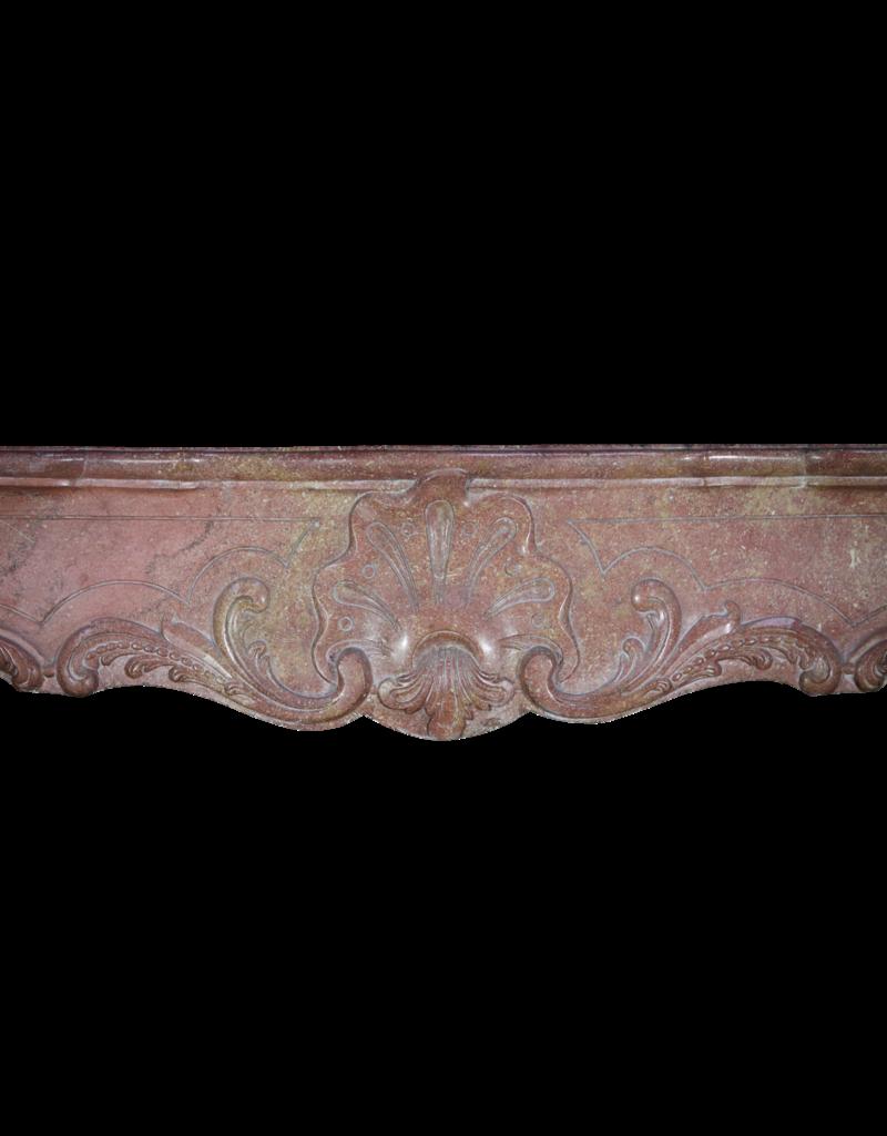 Maison Leon Van den Bogaert Antique Fireplaces & Vintage Architectural Elements 18. Jahrhundert Zweifarbig Französisch Antik Kamin Maske