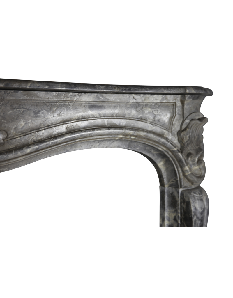 18Th Century Grand Belgian Antique Fireplace Surround In Oxidate Marble
