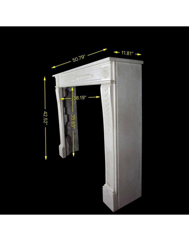 Delicado Clásico Antiguo Francés Revestimiento En Mármol Blanco Statury