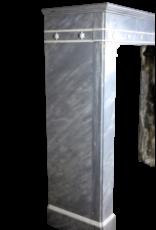 Außergewöhnliche Weinlese Kamin Maske In Marmor