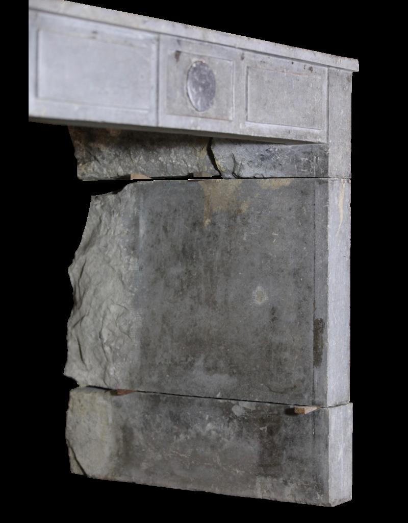 zeitloses Art-Deco-Periode Stein Kamin Maske