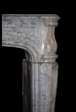 The Antique Fireplace Bank Fuerte Del Siglo 17 Francés Bicolor Timeless Cheminea