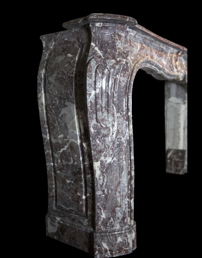 The Antique Fireplace Bank 18A Belga Siglo Período Antiguo Revestimiento En Mármol