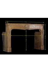 The Antique Fireplace Bank Francés Antiguo Período De La Regencia Revestimiento En Piedra Caliza Dura Bicolor