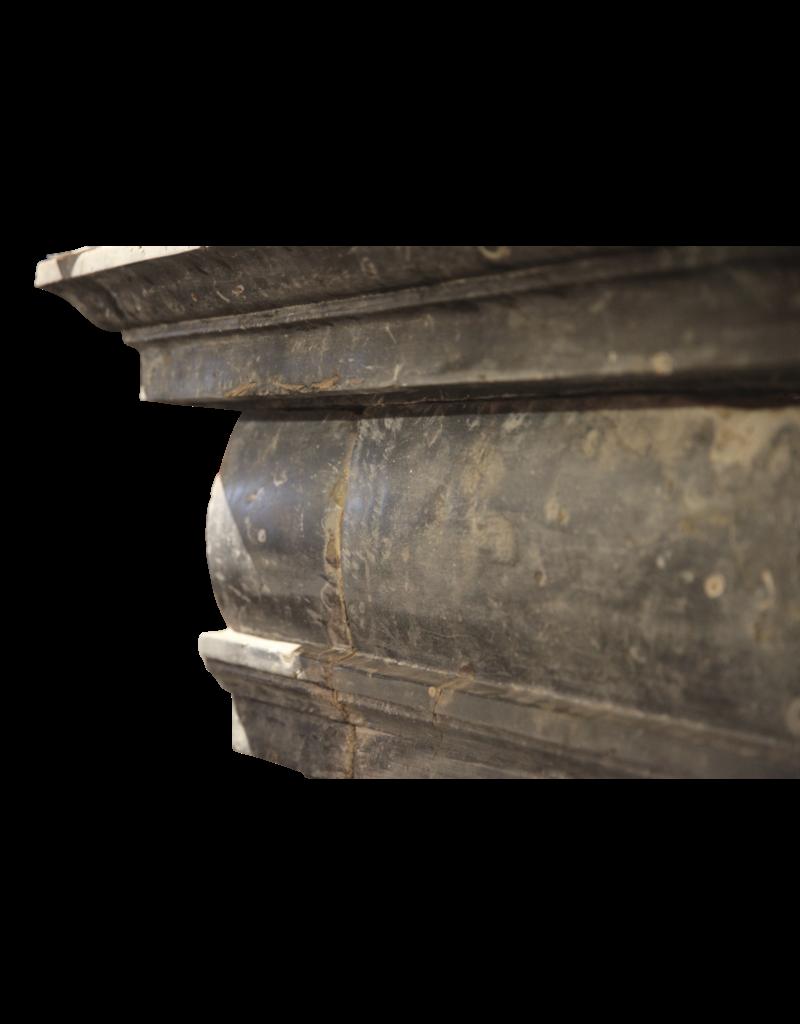 Italienisch Renaiscance Zeitraum Fossil Stein Kamin Maske