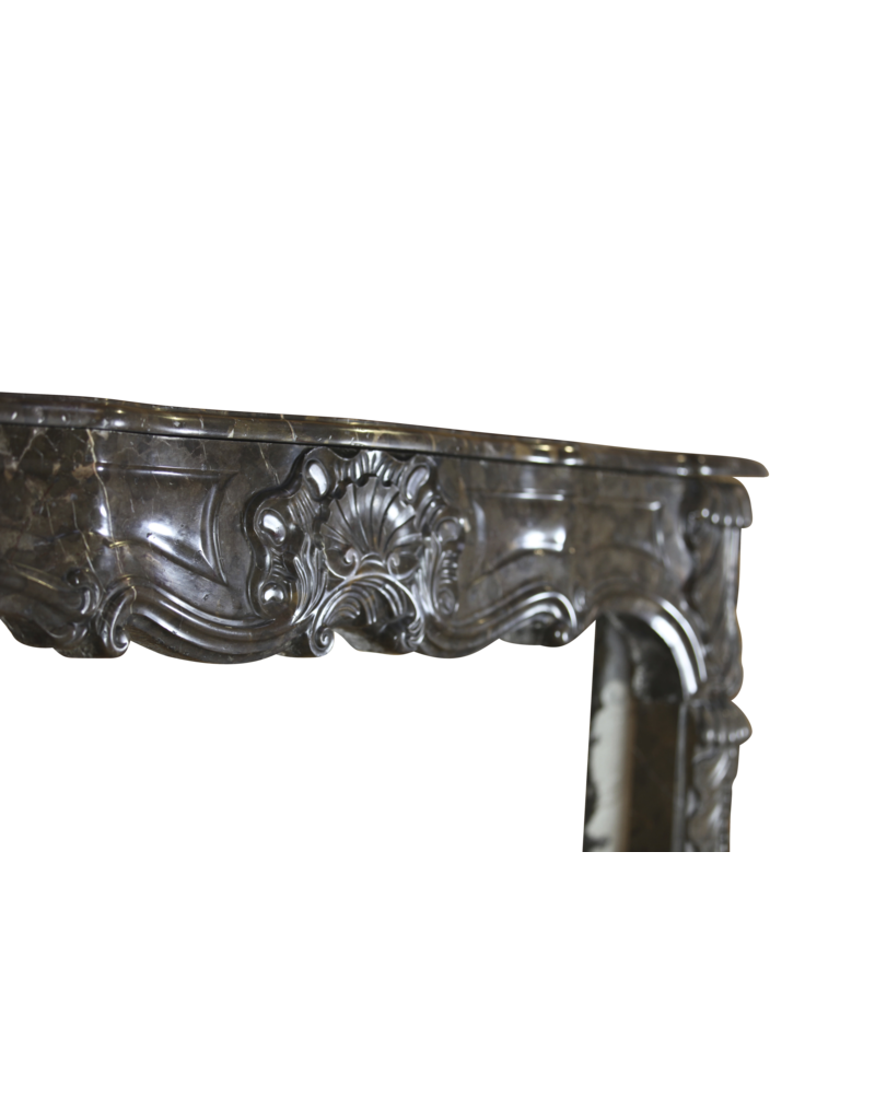 Chique Belgian 18Th Century Period Vintage Fireplace Surround