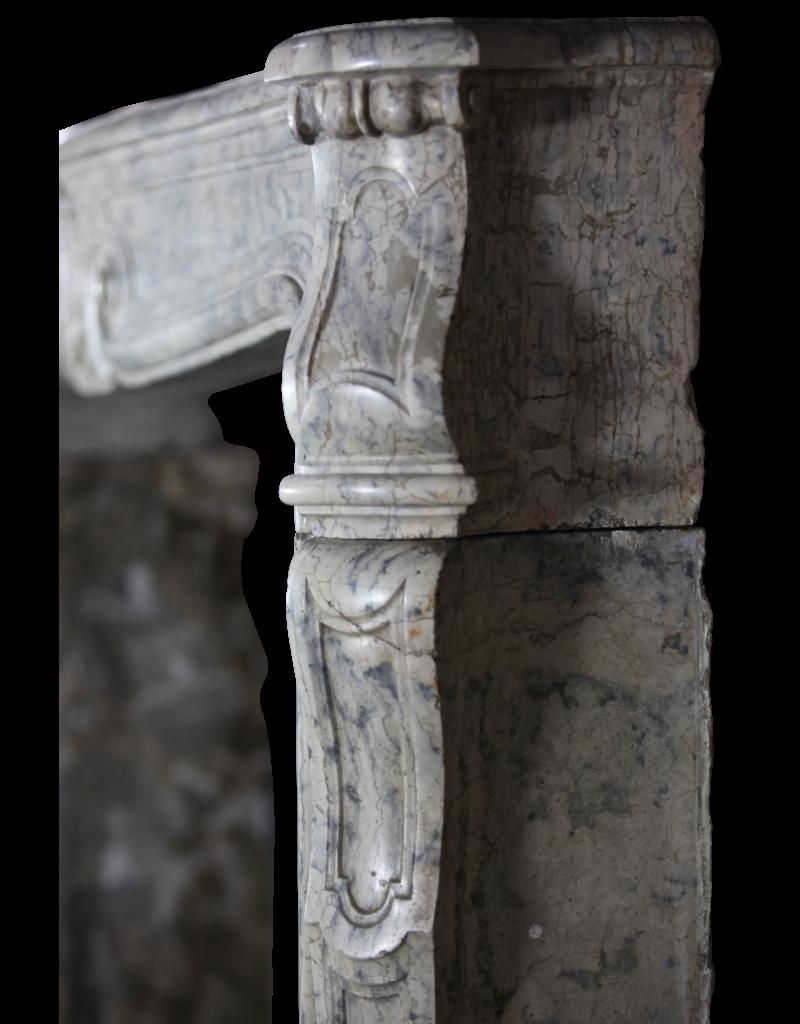 18Th Century Chique Vintage Chimney Piece