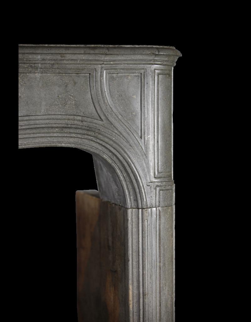 The Antique Fireplace Bank Fuerte Del Siglo 18 Francés Antiguo Revestimiento En Piedra Gris