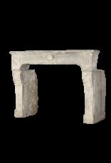 18. Jahrhundert Feine Französisch Jahrgang Kamin Im Kalkstein