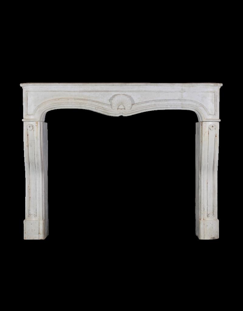 Maison Leon Van den Bogaert Antique Fireplaces & Vintage Architectural Elements Francés Louis Xv Período De Piedra Caliza Chimenea De La Chimenea