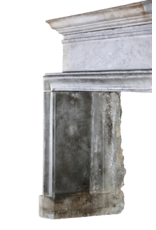 Starkes 17. Jahrhundert Zweifarbig zeitloses Kamin Verkleidung