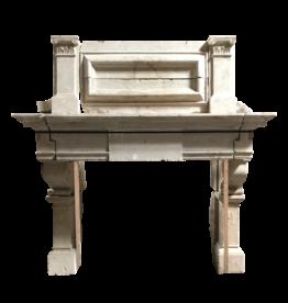 Maison Leon Van den Bogaert Antique Fireplaces & Vintage Architectural Elements 16A Francés Del Siglo Período De Piedra Caliza Chimenea Surround