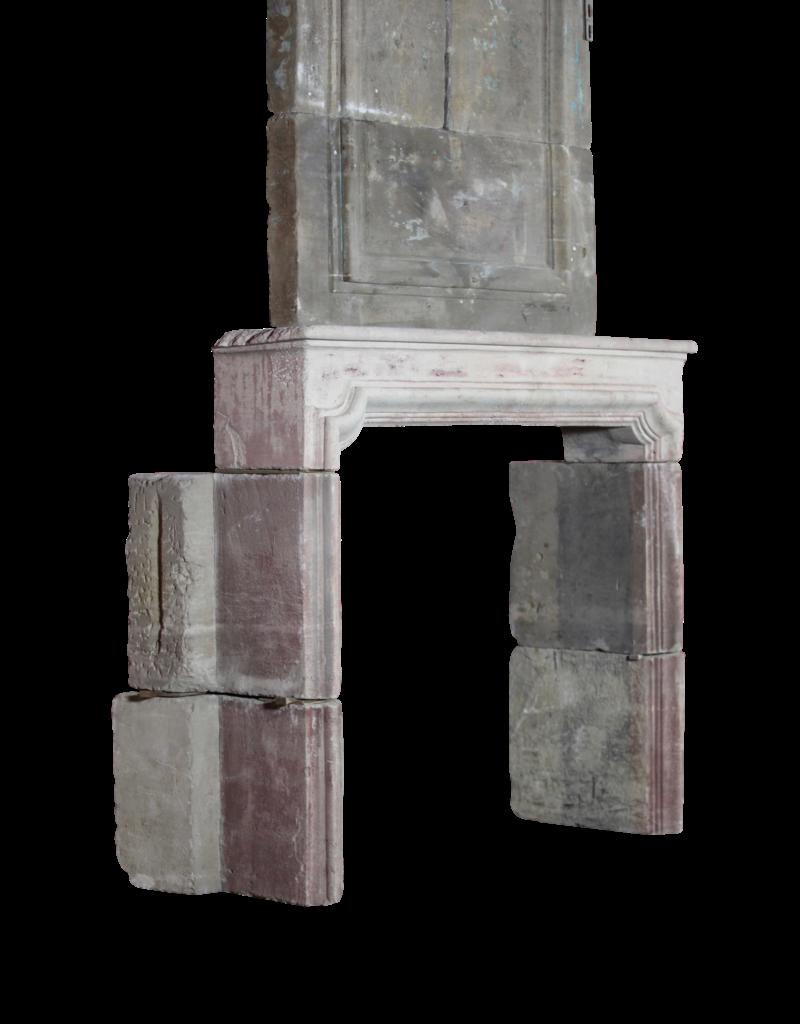 Francés Del Siglo 18 Periodo Francés País De La Piedra Caliza Chimenea Surround