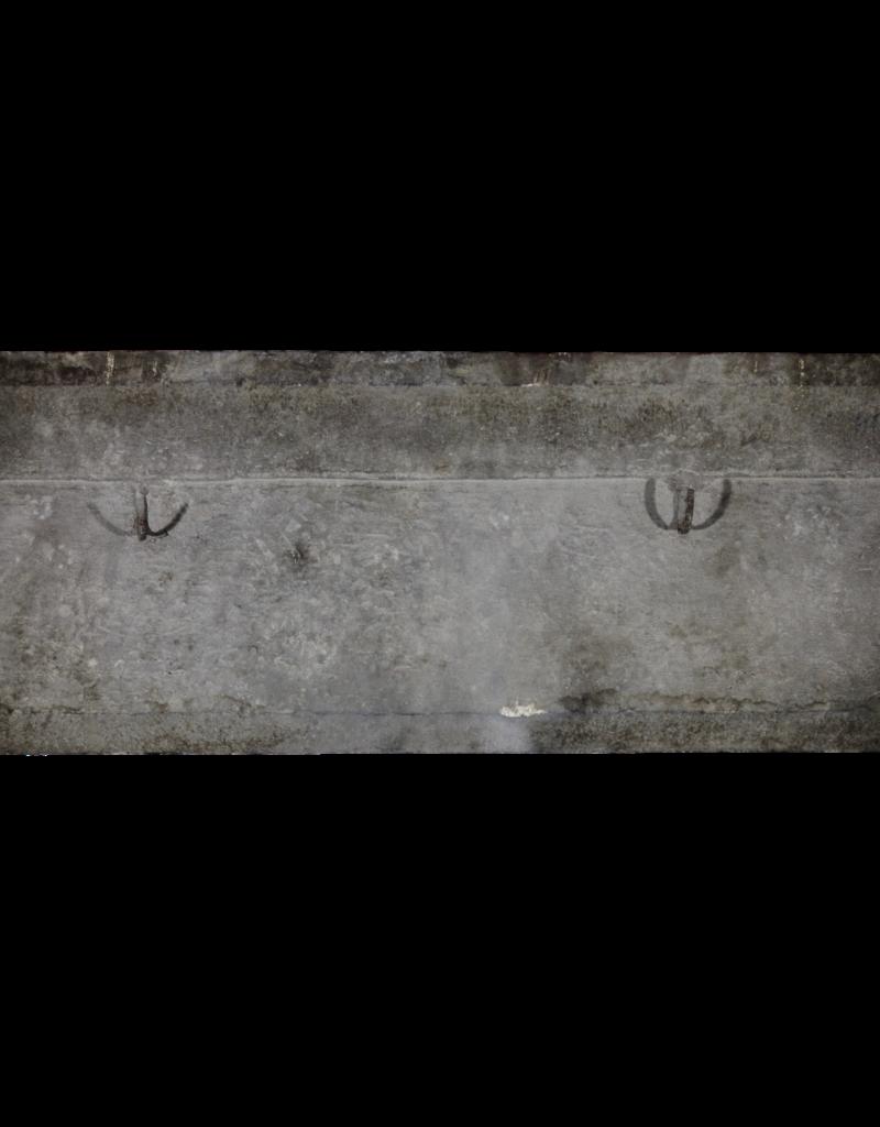 Chimenea Antigua De Estilo Rústico Francés Antiguo