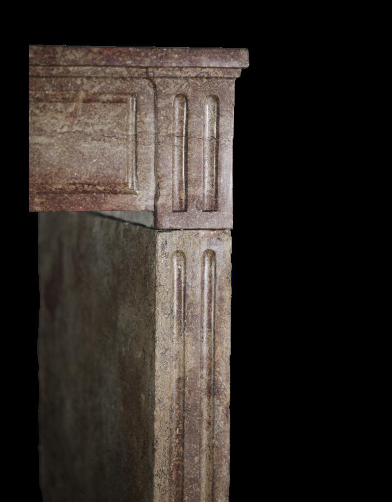 Chimenea Antigua En Piedra Dura